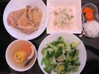 椰子玉米蘿蔔雞湯 西蘭花雞肉飯 嬰兒食譜