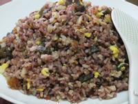 ღ小吟愛做菜ღ皮蛋泡菜紫米養身蛋炒飯