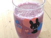 藍莓蔓越莓牛奶