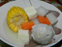 ㄚ曼達的廚房~蘿蔔玉米湯