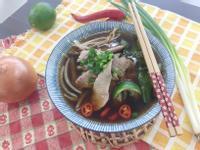 簡單異國料理►越南牛肉河粉
