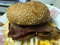 零失敗超豐盛豬排蛋漢堡