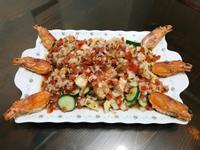 天使紅蝦干貝沙拉佐莎莎醬