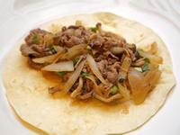 鴻喜菇炒牛肉