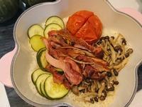 臘雞腿蔬菜炊飯