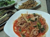《529食堂》泡菜炒肉片