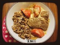 《悶燒鍋出動》《一菜開飯》椰香茄汁蔥燒豬