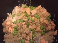 一鍋煮~簡易鮭魚炊飯