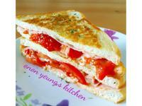 蕃茄培根起司法式吐司 平底鍋做的家常早餐