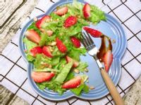 草莓腰果輕食沙拉