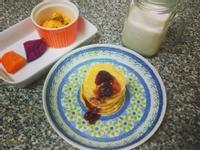 一個人的早午餐~pancake鬆餅+炒蛋