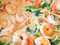 白醬蝦仁波菜義大利麵-手繪食譜