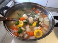玉米蘿蔔排骨湯