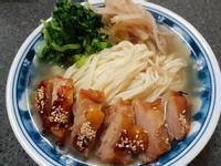 雞腿雙菜陽春麵