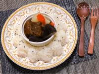 牛腩咖哩飯【鑄鐵鍋】