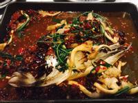 剁椒烤魚頭