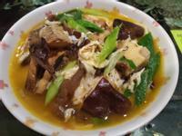 鮮菇鯖魚麵