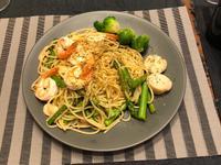 辣味蘆筍海鮮意大利麵