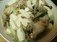 石斑魚煨豆腐