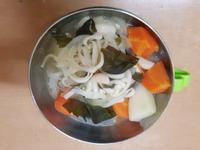 親子手作:一鍋到底~蔬菜味增麵