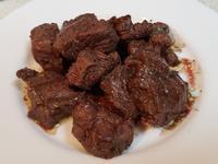 紅酒嫩煎牛排骰子肉