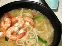 【閒妻上菜】一鍋到底:鮮蝦煨麵
