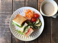 青醬蛋沙拉三明治
