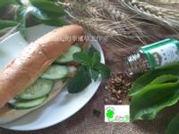 十分鐘美味早餐─鮮蔬松阪豬肉堡