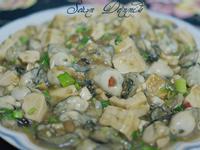 豆腐入味鮮蚵肥美鮮甜的鼓椒鮮蚵豆腐