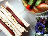 港式茶餐廳美食 ~ 餐肉蛋治