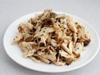 低脂料理《鴻禧菇拌雞絲》