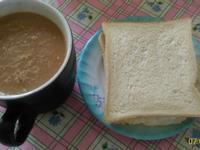 凱撒火腿蛋三明治