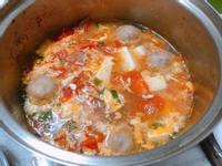 蕃茄豆腐貢丸蛋花湯
