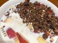 高蛋白「優格水蜜桃巧克力燕麥粥」450卡