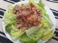 鮪魚罐頭蘿美沙拉