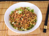肉醬乾拌麵 (10分鐘快速料理)