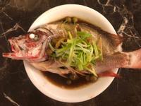 餐廳味道的清蒸鮮魚