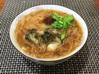 台灣小吃-蚵仔麵線