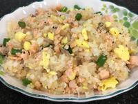 鮭魚蛋炒飯➰鮭魚不用煎