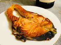 阿儒師香煎鮭魚