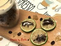 檸檬扎片/嚼咖啡
