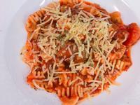 燉牛肋條紅醬義大利麵