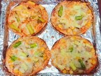 快速的『貝果披薩』鮪魚玉米口味
