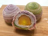 彩虹芋頭蛋黃酥