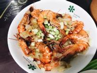 蒜香奶油洋蔥炒蝦