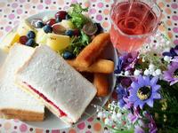 健康早餐 ~ 自家製雙色果醬三明治