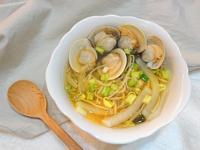 泡菜黃豆芽蛤蜊湯