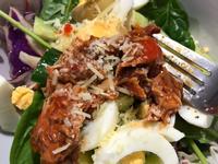 懶沙拉-鮪魚雞蛋生菜沙拉