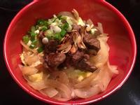 《料理簡單做》蒜片骰子牛丼