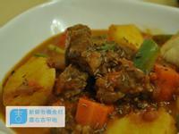 【吉刻美食】匈牙利燉牛肉